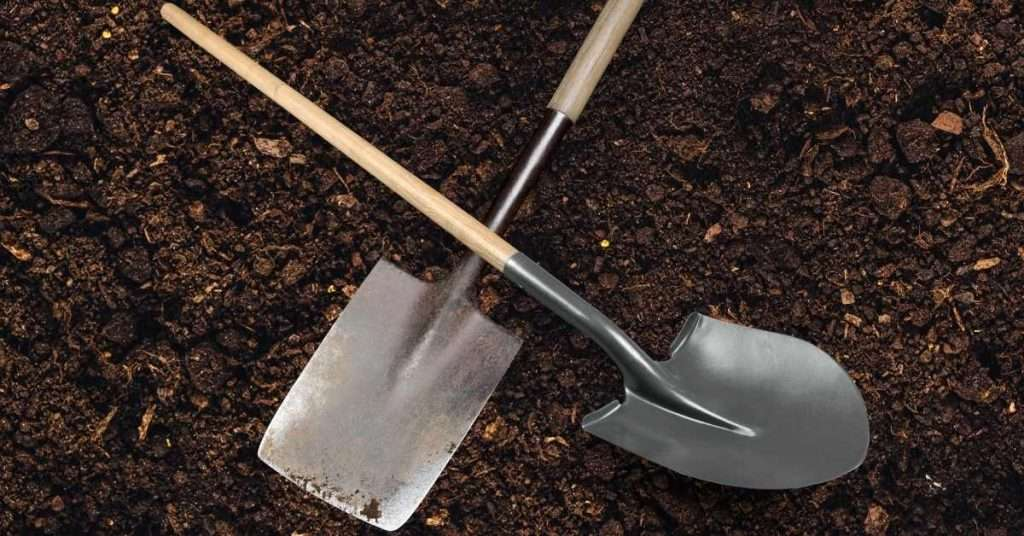 What is the difference between a shovel and a spade?